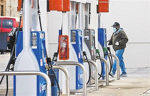 世界石油價格屢創新高 油價是否又要進入超級循環周期