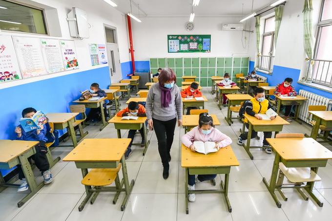 海淀区发布中小学生家庭作业标准 作业由教师全批全改!