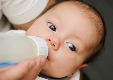 孩子多喝牛奶会长高?利于骨骼生长