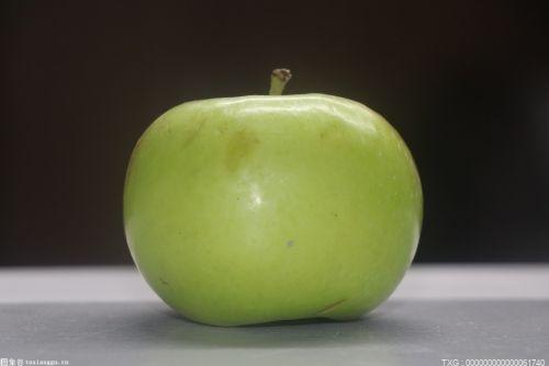 吃苹果要不要削皮?空腹不吃苹果